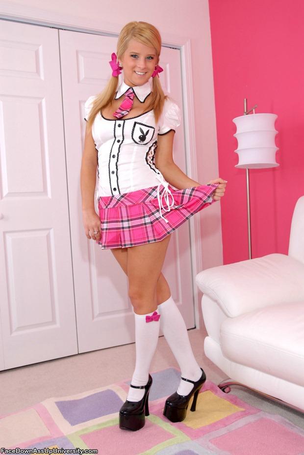 teen_schoolgirl