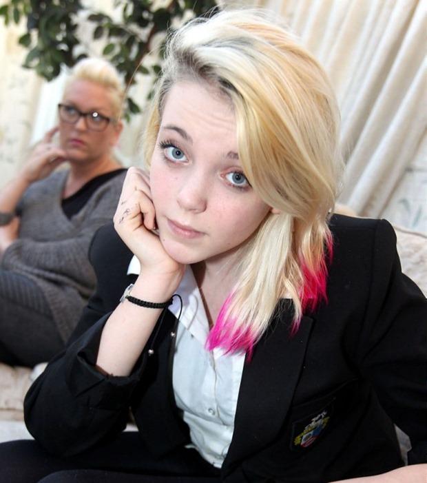 teen_schoolgirl_dating